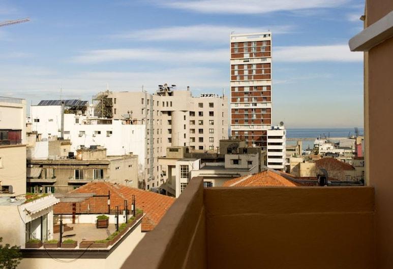 The Grand Meshmosh Hotel, Beirut, Balkon