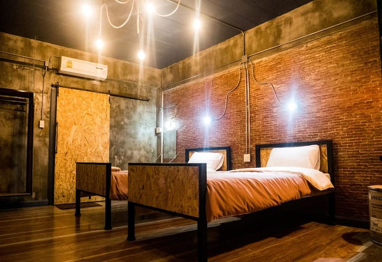 UJ Apartment, Chonburi