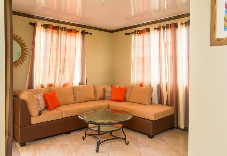 Modern Two Bedroom Apartment Located in Historic Area of Bridgetown, Barbados, Bridgetown