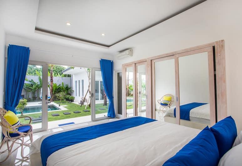 Holyfat villa, Seminyak, Vila typu Deluxe, 3 spálne, súkromný bazén, výhľad na bazén ( (A)), Izba