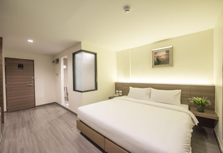 Sovereign Group Hotel @ Pratunam Bangkok, Bangkok, Deluxe King, Guest Room