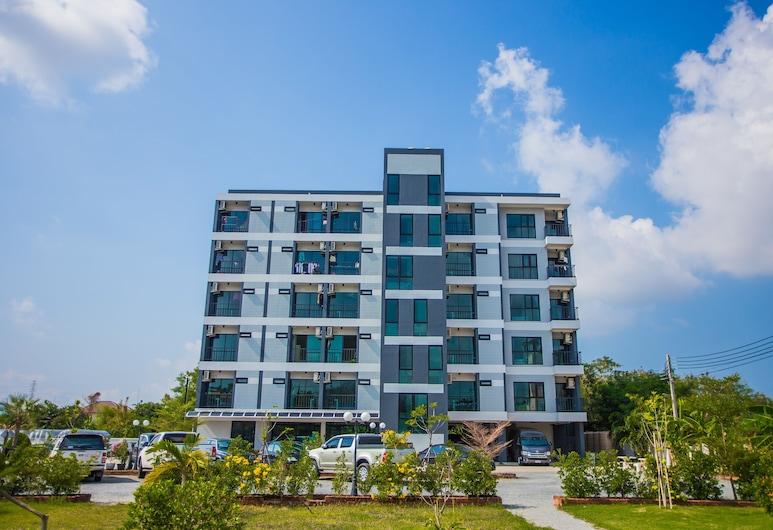 Promsook Apartment, Chonburi, Hotel Front