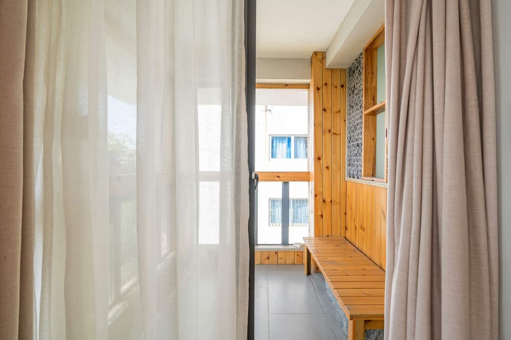 City View King Bed Room with Balcony - Balcony