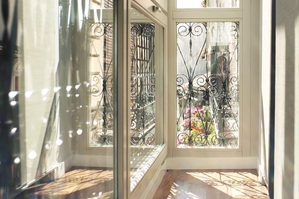 Senior Apart Daire, 1 Yatak Odası, Şehir Manzaralı - Balkon