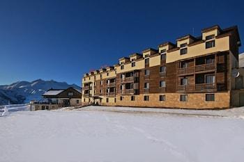 Kazbegi bölgesindeki Hotel Alpina resmi