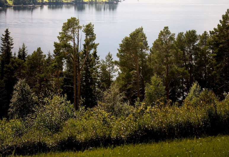First Camp Frösön Östersund, Frösön, Blick aufs Wasser