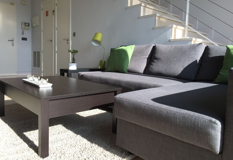 CriteriaHome Nice&Easy, Madrid, Penthouse, 1 Bedroom, Terrace (CH4), Living Area