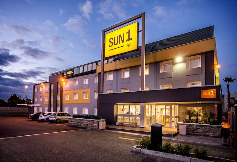 太陽 1 號米拿頓飯店, 開普敦, 飯店入口 - 夜景