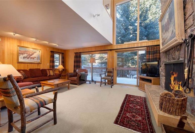 Wind River Teton Village by JHRL, Teton Village, Condo, 4 Bedrooms, Living Room