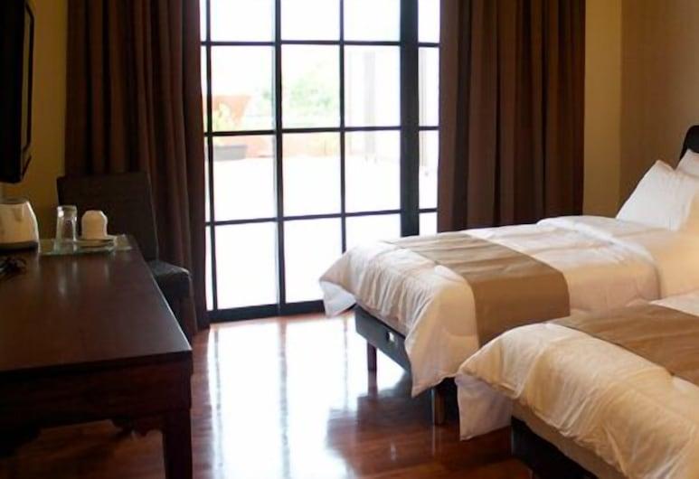 Roof Garden Hotel, Shah Alam, Twin Room, Guest Room