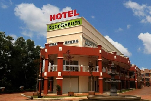 โรงแรมรูฟการ์เด้น/