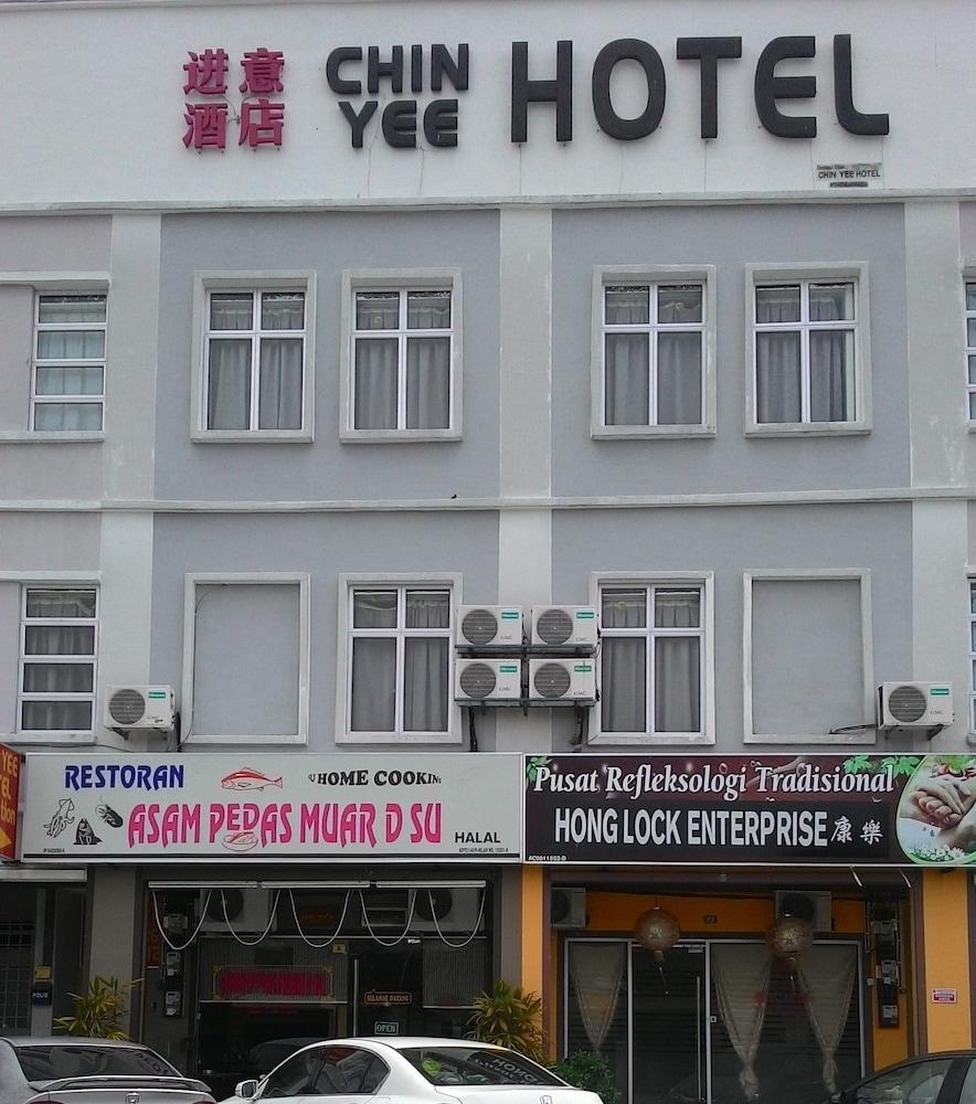 Chin Yee Hotel Teluk Intan
