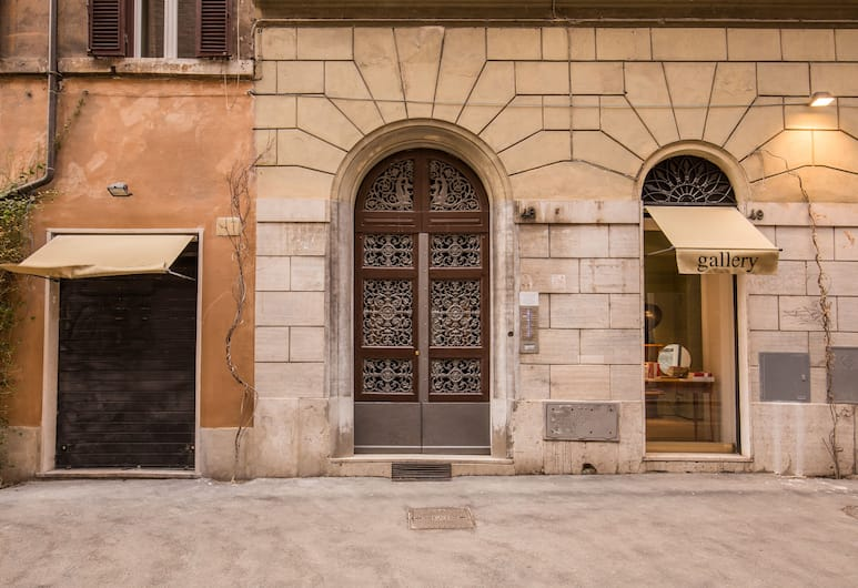 Pantheonview - Imperial Apartment, Rome, Property entrance