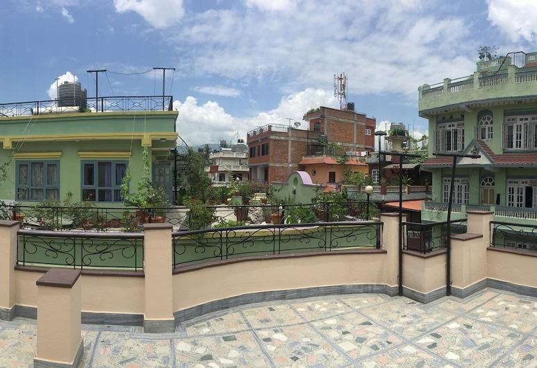 ناماستيه هوم, كاتماندو, المنطقة المحيطة بالمنشأة