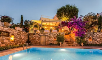 Picture of Ipekyol Hotel in Cesme