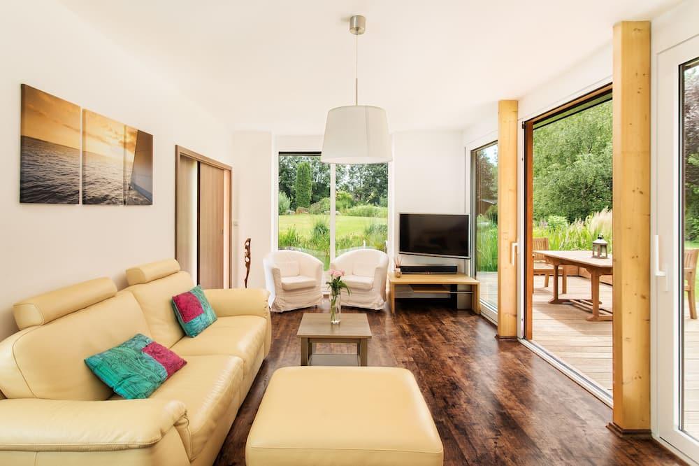 Casa exclusiva, 2 habitaciones, con acceso para silla de ruedas, vista al lago - Sala de estar