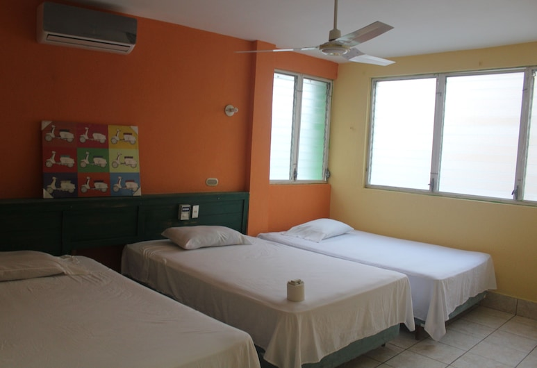 Hotel Green Monkey - Hostel, Flores, Guest Room