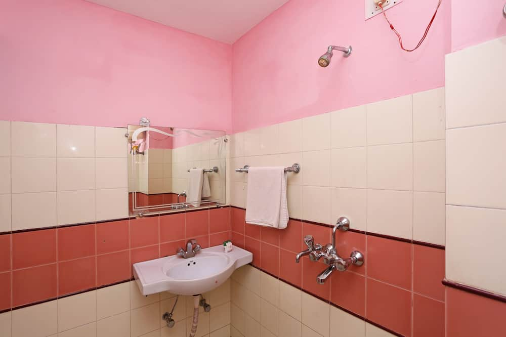 Pokój dwuosobowy z 1 lub 2 łóżkami, standardowy, Łóżko podwójne, prywatna łazienka - Łazienka
