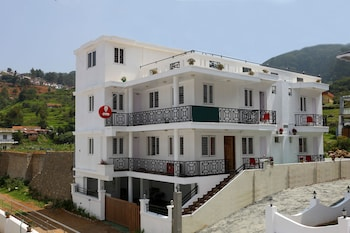 Picture of OYO Rooms 014 Funcity Valley View in Ooty