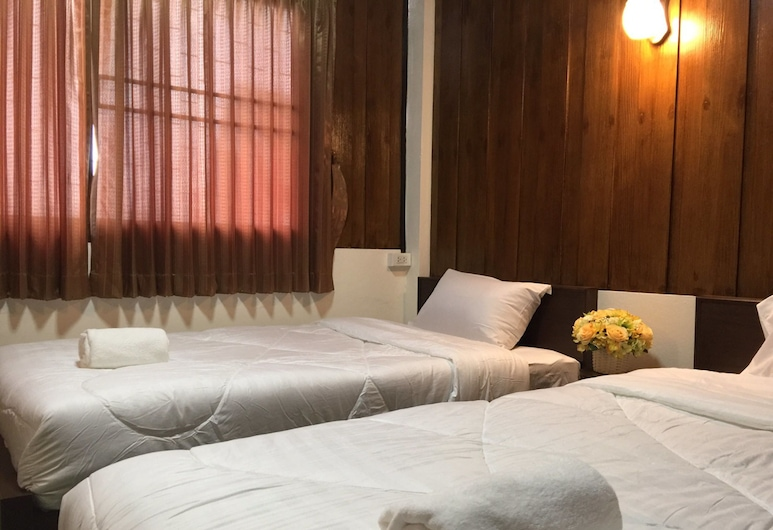Phrasing Guesthouse, Chiang Mai, Deluxe Triple Room, Guest Room