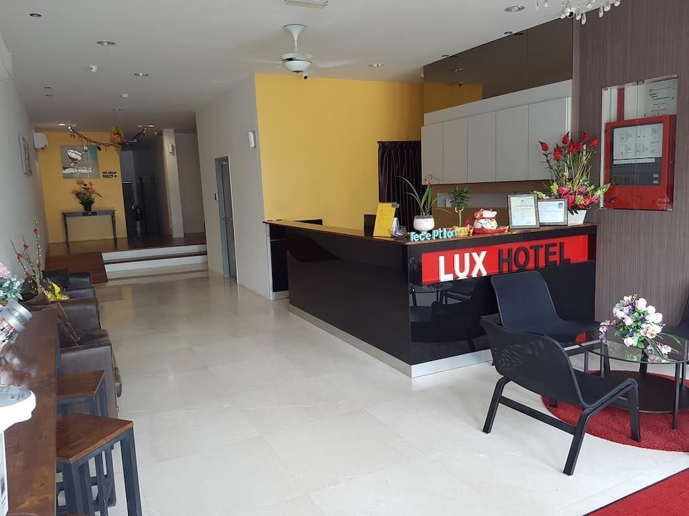 Book Lux Hotel In Teluk Intan