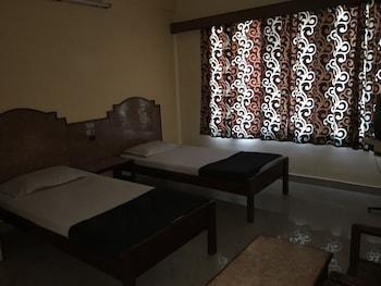 ภาพ Hotel Bhavani Lodge ใน ไฮเดอราบาด