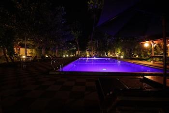 Picture of Ring Sameton Resort Hotel in Penida Island