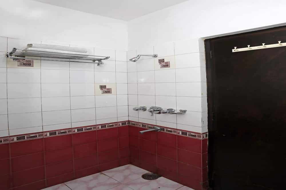 Standard Double or Twin Room, 1 Double Bed, Private Bathroom - Bathroom