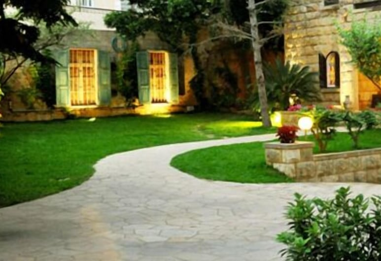 Beit Wadih, Ghazir, Garten