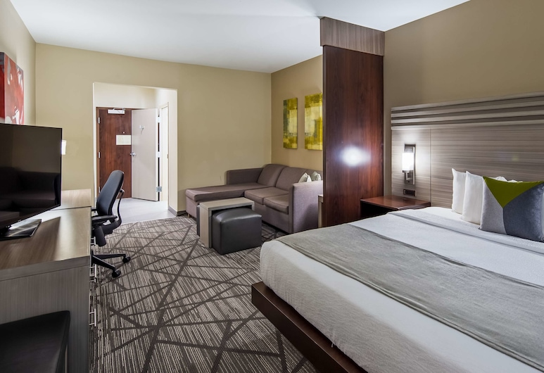 Best Western Plus Houston I-45 North Inn & Suites, Houston, Suite, 1 King Bed, Non Smoking, Microwave, Guest Room