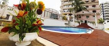 Mynd af Ngaliema Resort Club í Abidjan