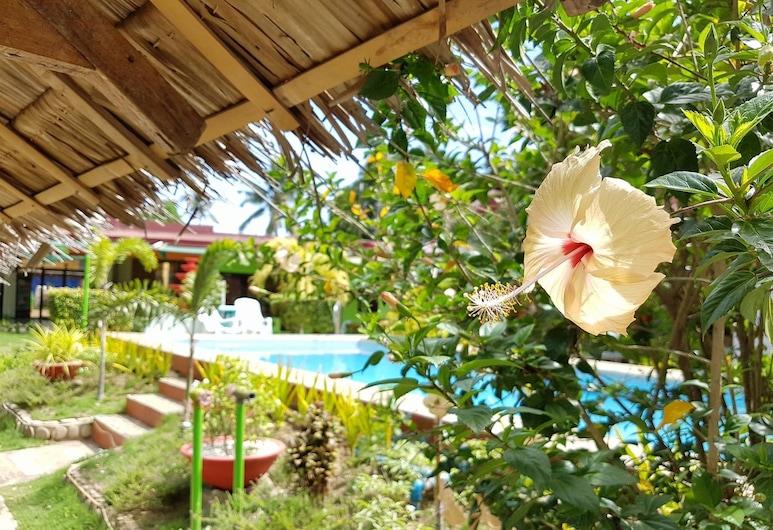 Green Park Tourist Inn, Puerto Princesa, Property Grounds