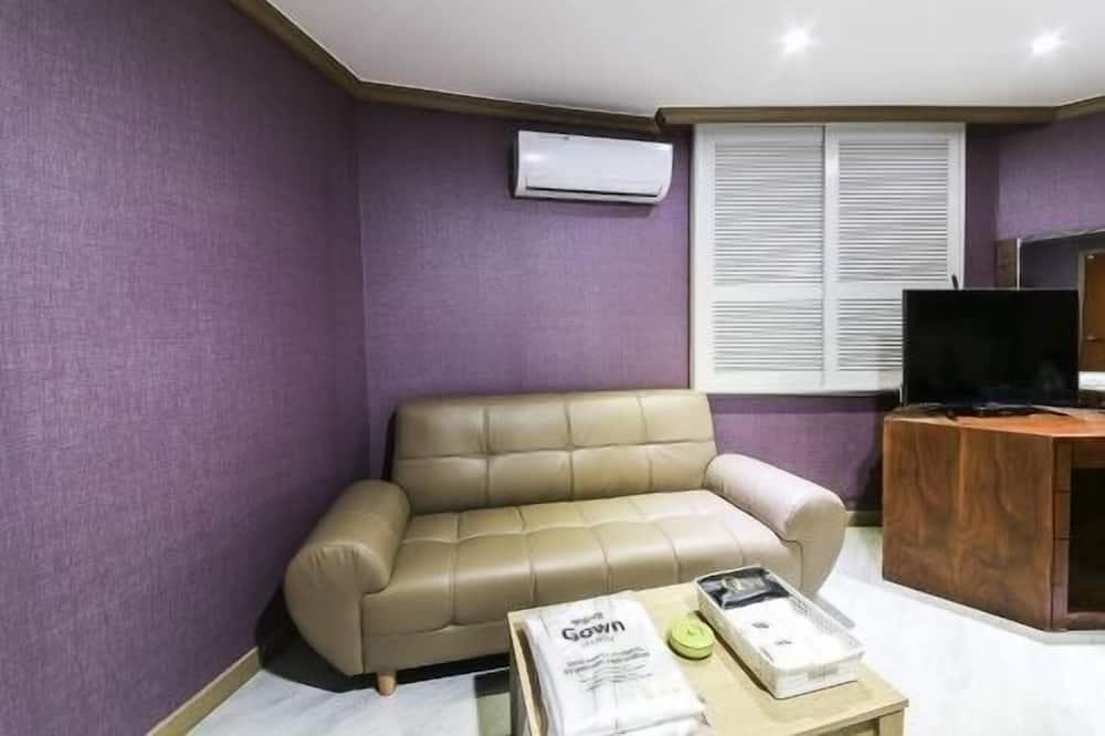 Semi-Deluxe Room  - Olohuone