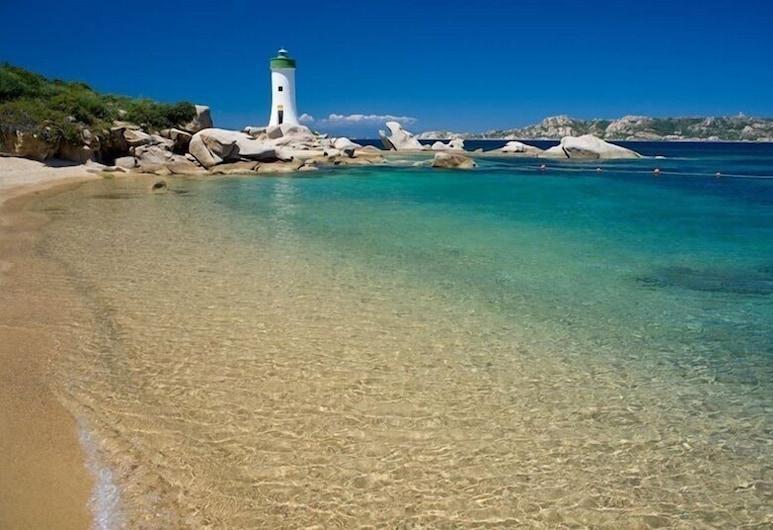Baia Del Faro, Palau, Beach