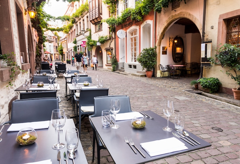 Hotel & Restaurant Kreuzblume, Freiburg im Breisgau, Outdoor Dining