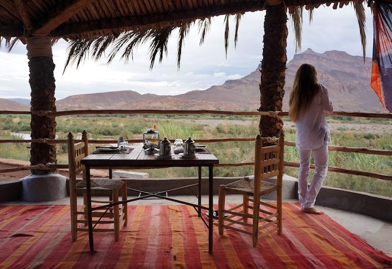 Lodge Hara Oasis, Mezguita, Terrasse/patio