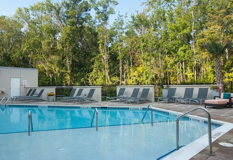 TownePlace Suites Charleston Airport/Convention Center, North Charleston, Outdoor Pool
