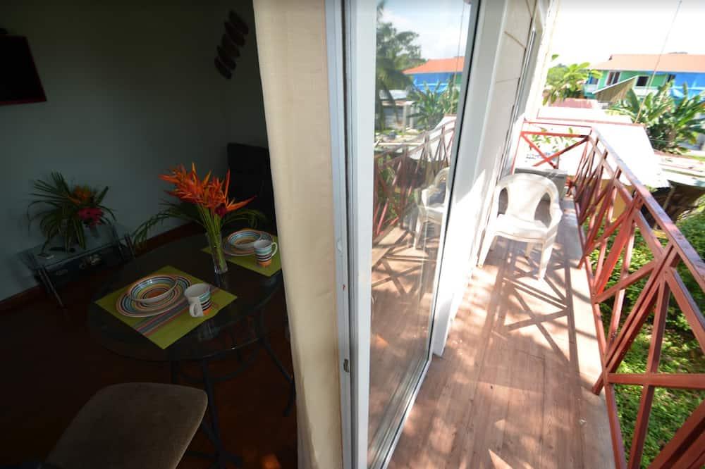 Apartament rodzinny, 2 sypialnie - Balkon