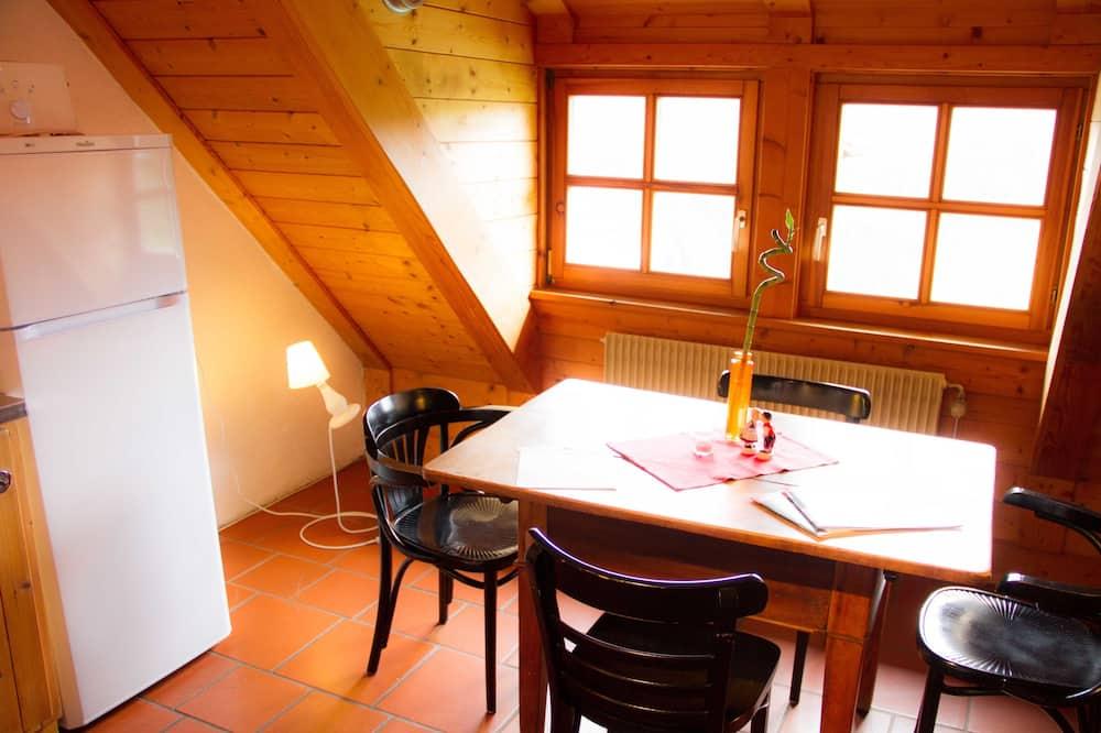 Appartamento, 2 camere da letto, vista collina - Pasti in camera