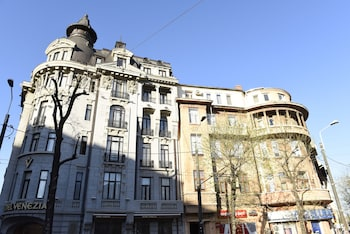 Picture of Metropole Apartments Kogalniceanu in Bucharest