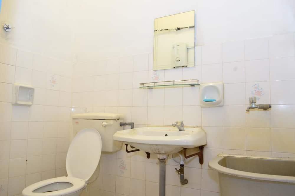 บ้านพัก, 5 ห้องนอน - ห้องน้ำ
