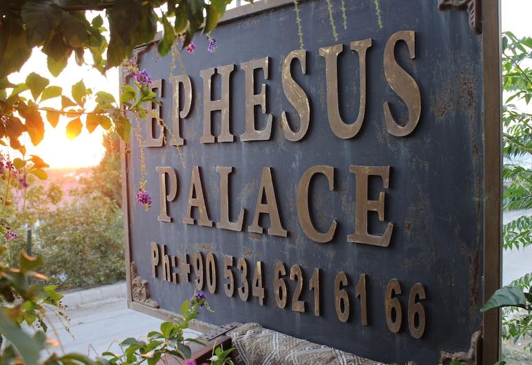 Ephesus Palace, Selçuk, Otel Girişi