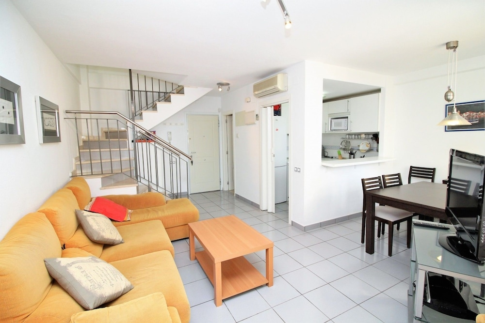 Apartamento Villa Marina, Benidorm: Info, Photos, Reviews | Book At  Hotels.com