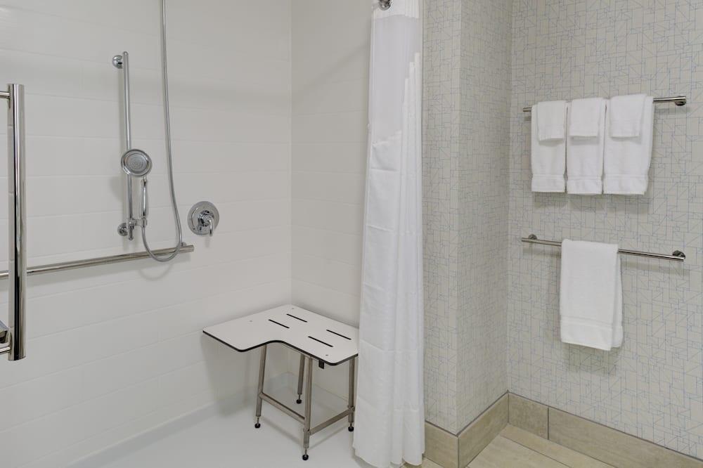 Standartinio tipo kambarys, 1 labai didelė dvigulė lova (Roll-In Shower) - Vonios kambarys