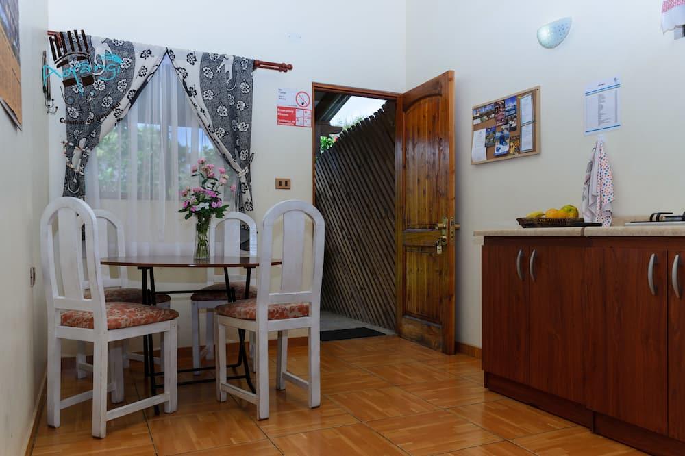 Standard Bungalow, 2 Bedrooms - Living Room