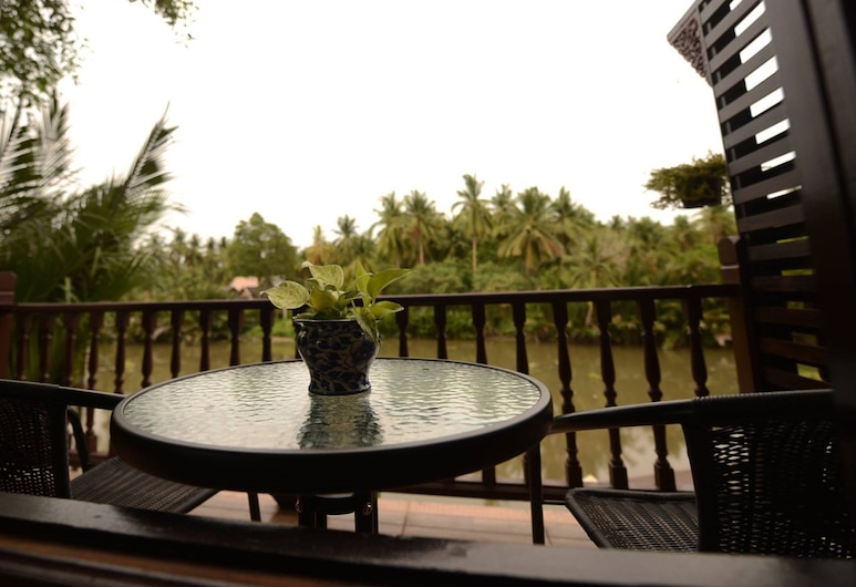 River Jam Amphawa, Amphawa, Standard Double Room with River View, Balkons