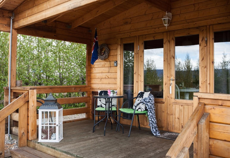 Kaldá Lyngholt Holiday Homes, Egilsstadir, Ferienhaus, 1 Schlafzimmer, Seeblick, Terrasse/Patio