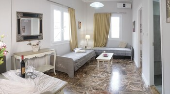 Picture of Heraklion Old Port Apartments in Heraklion