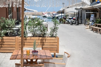 Picture of Aisha Petite Suites in Chania