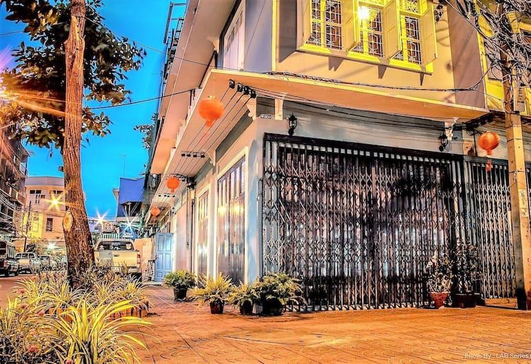디 언포거튼 B&B, 방콕, 호텔 정면 - 저녁/밤